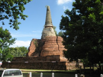 Wat Khun Saen seen from the west